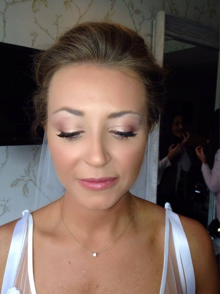 Make Up by Bekki at www.edinburghbridesweddingguide.com