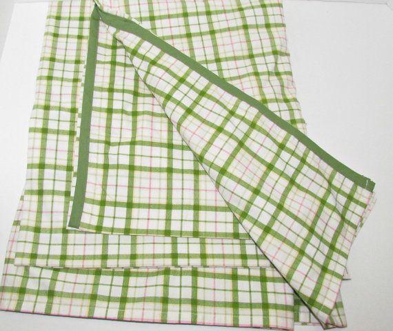 Vintage Twin Size Bed Sheet Flat Sheet Green Pink by GrammysGoodys