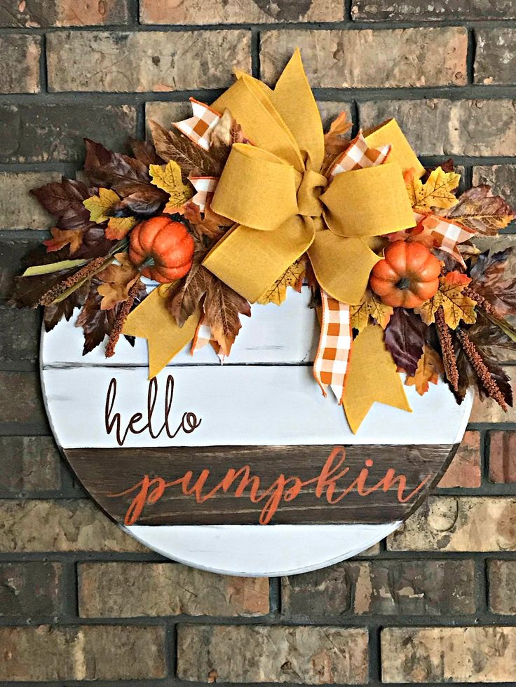 Hello Pumpkin Fall Door Hanger, Round Wooden Fall Front Door Decoration, Fall Wall Hanging, Autumn Porch Decoration, Fall Wreath with Bow