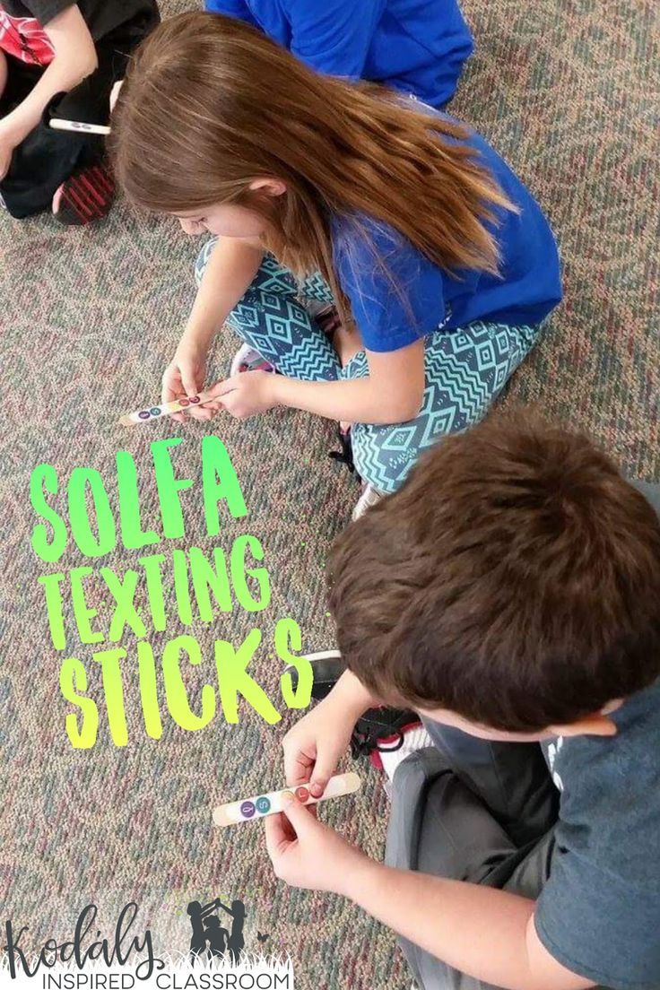 Solfege Texting Sticks - FREE TEMPLATE for pentatonic scale. Organizing a Make It / Take It Workshop, Inservice or get together for Music Teachers - Get crafty making fun manipulatives for your music classroom! Manipulative ideas for steady beat, rhythm,