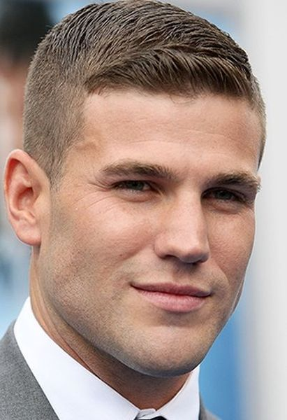 35 Simple and Stylish Men Hairstyle for Spring this Year