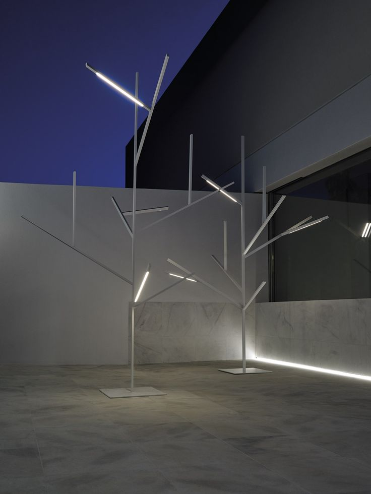 An architectonic tree for outdoor spaces blau the new project designed by fran silvestre geometric designsoutdoor lightingdriveway