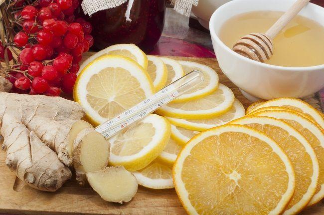 7 jednoduchých spôsobov, ako použiť citrón na bolesť hrdla