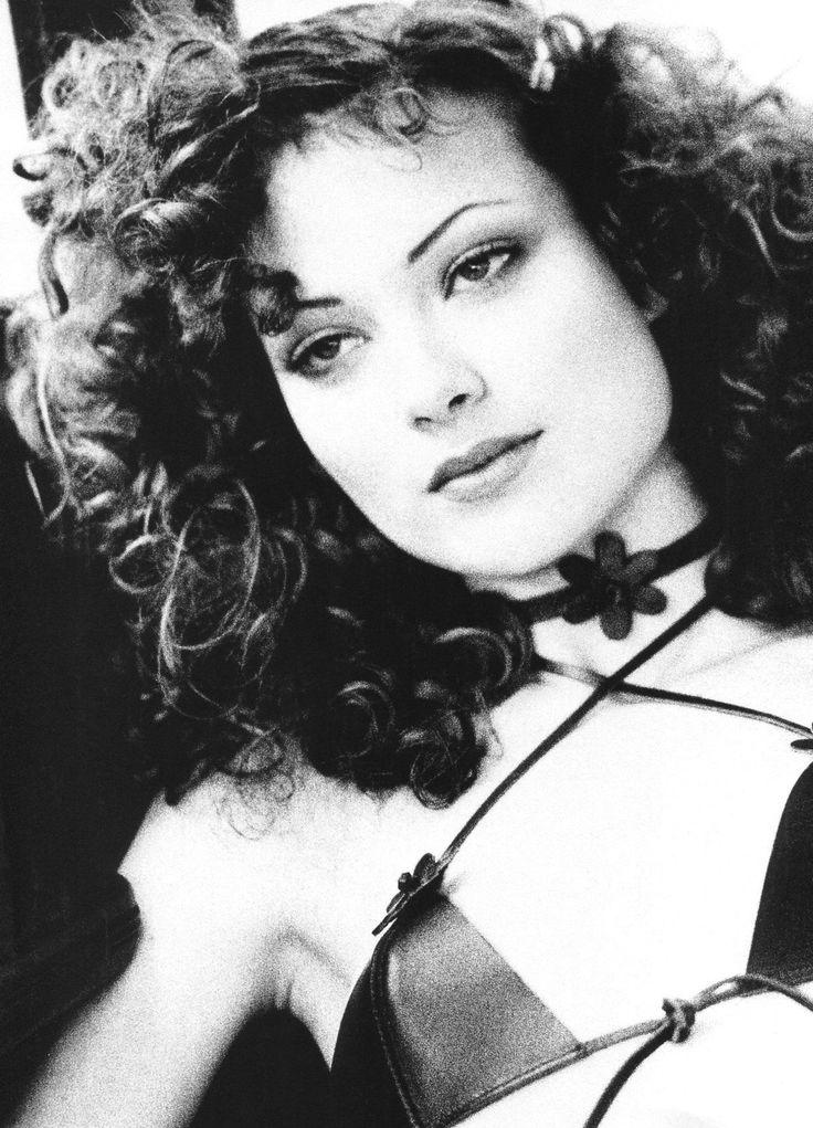 "Vogue Paris April 1993 ""Taxi Driver"" Model: Shalom Harlow Photographer: Max Vadukul"