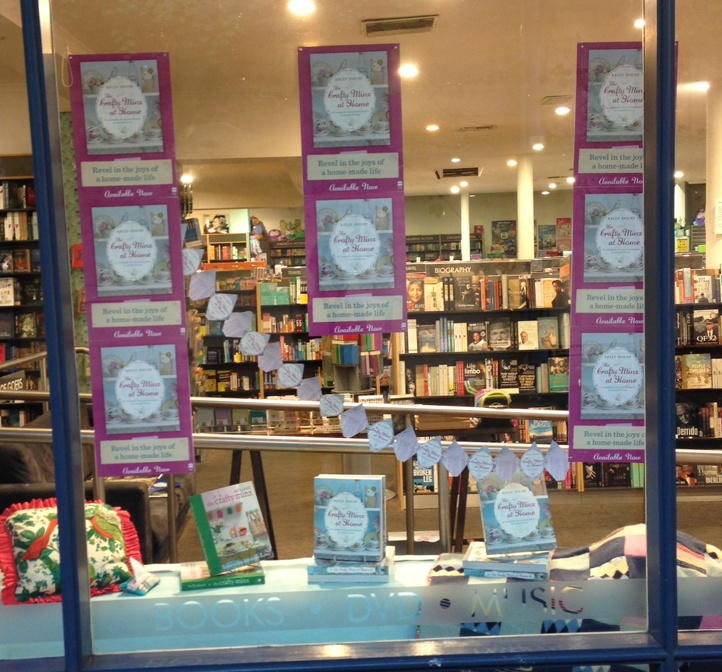 We like the paper chain Dillon's Norwood have created for their Crafty Minx shop window!