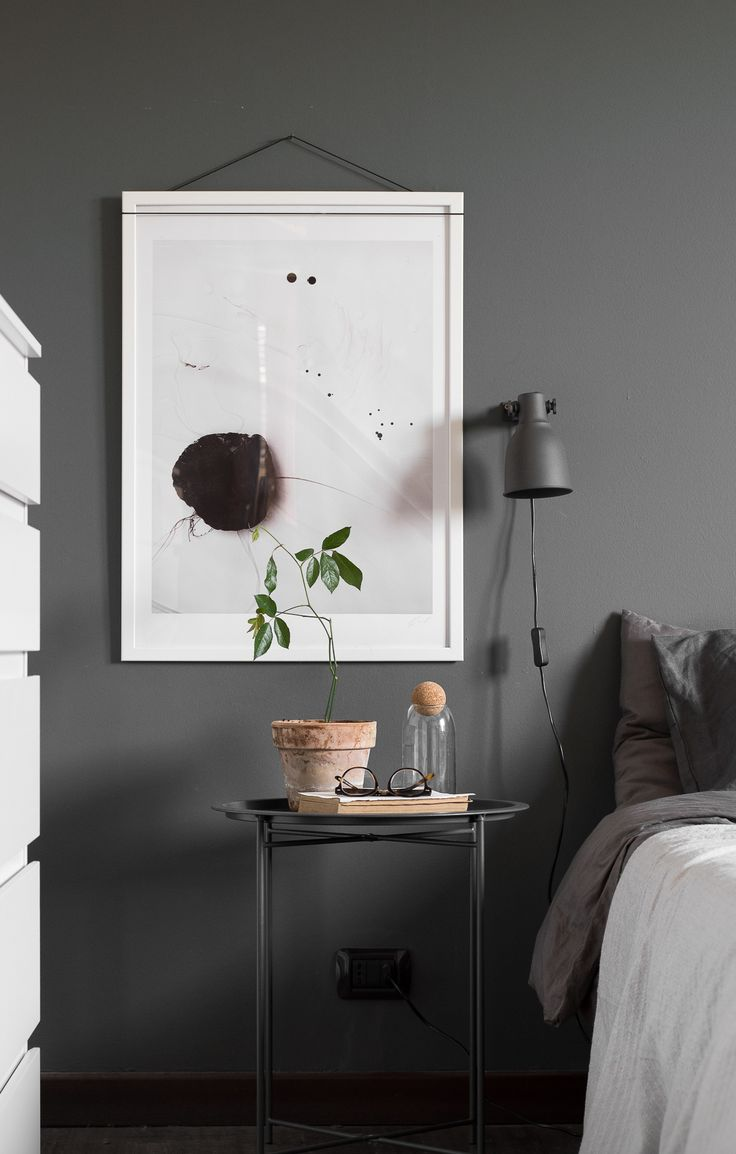 Create relaxed atmosphere in the bedroom with Minimal Style Art Prints