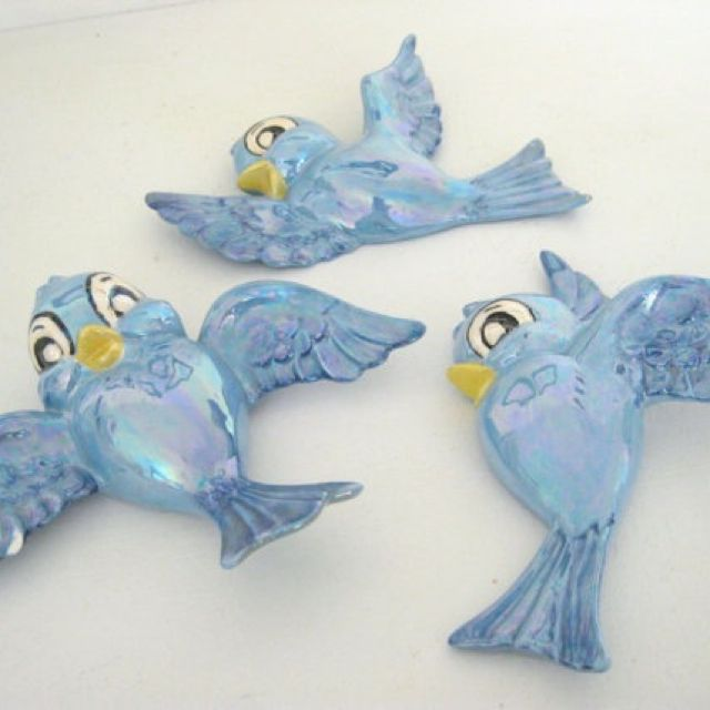 Super cute blue bird wall hanging for the PERFECT Cinderella room!
