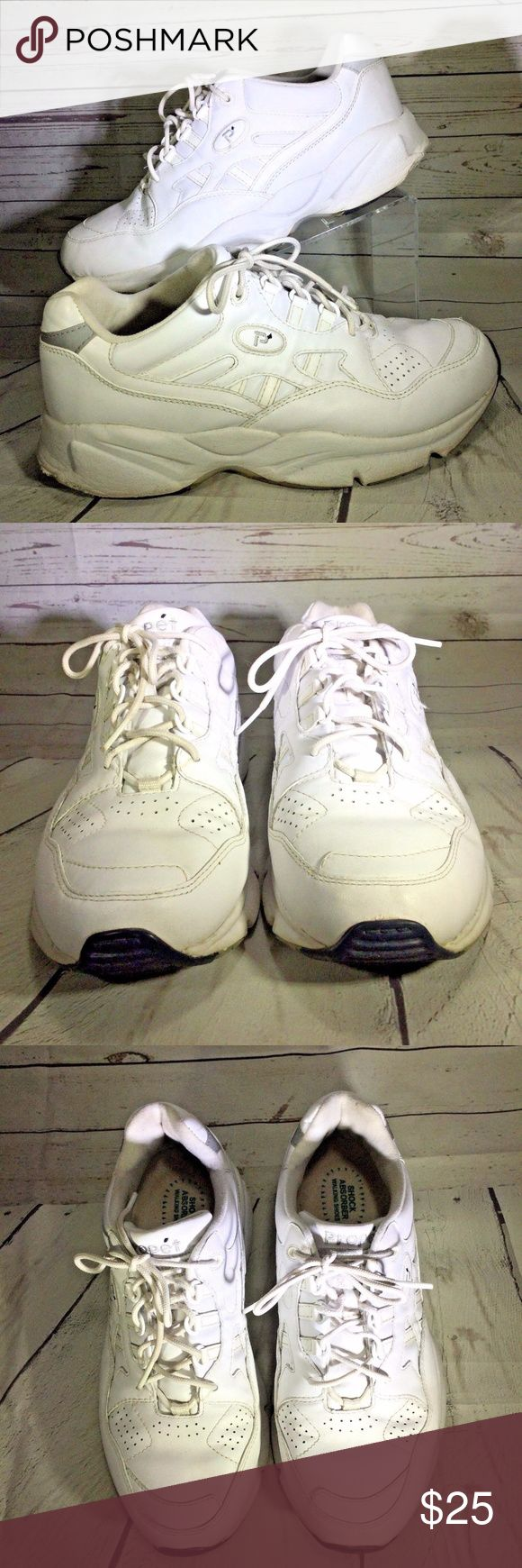 Propet Stability Walker 9 2E WIDE white leather Nice pair of walking shoes  Propet  White leather  Women's size 9 (2E) WIDE Propet Shoes Athletic Shoes