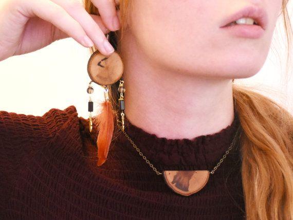Traumfänger-Ohrringe lange Feder Ohrringe hölzerne von LadyDryad