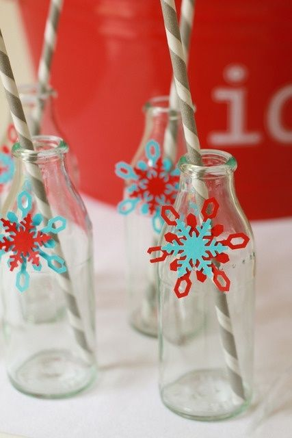 taupe, red, aqua christmas decorations photos   Red and Aqua Christmas Drinks with Snowflakes #christmas #drinks