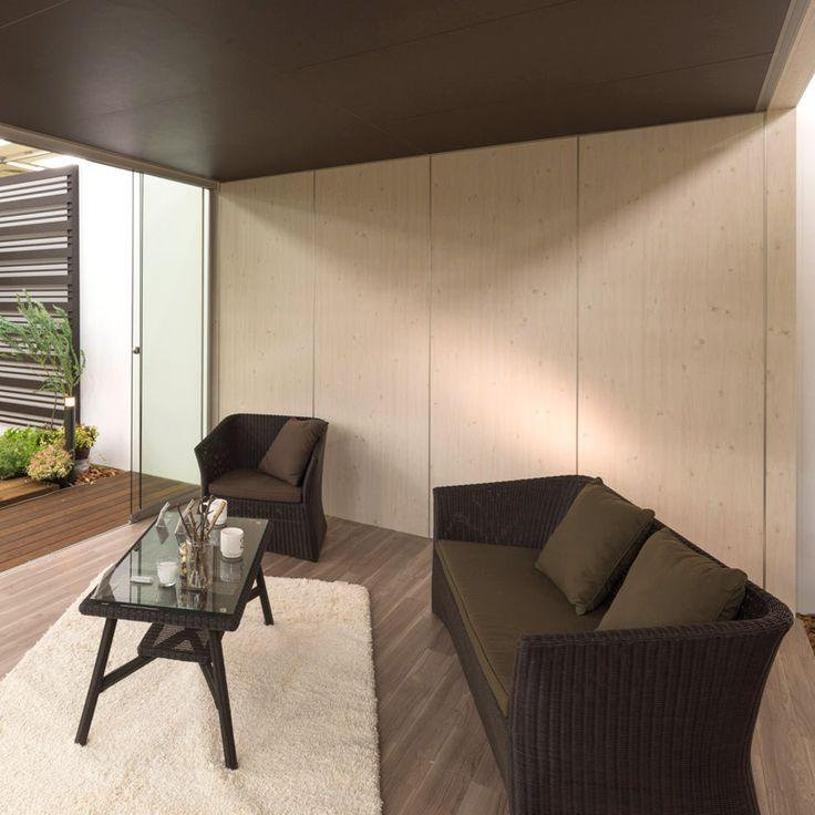 庭座 カフェテーブル900 ダークブラウン 幅広の人工ラタンを編み込みアルミ素材と組み合わせたハイグレードのガーデン家具。和風ガーデンをコンセプトに作り上げられた、凛とした佇まいは、まさに五感で楽しむガーデンを実現してくれます。@takasho #家具 #テラス #バルコニー #庭 #ファニチャー