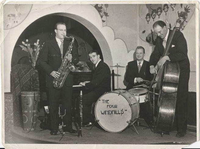 1949. The Four Windmills at Jazzclub Sheherezade at the Wagenstraat in Amsterdam. From left to right Bob van Venetie, Harry Mooten, Bob van Eckhout Sr. and Wim Kroon. Photo Bob van Eckhout. #amsterdam #1949 #FourWindmills #Sheherezade #Wagenstraat