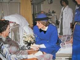 15 February 1985: Princess Diana Visits The Sir Michael Sobell House, Churchill Hospital Headington, Oxford..