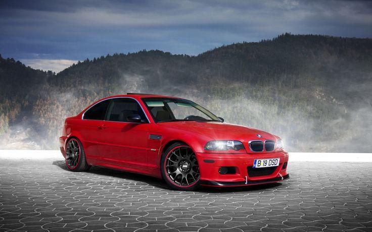 Klasickému BMW M3 (E46) sluší každá barva – ale v červené vypadá obzvlášť dobře.
