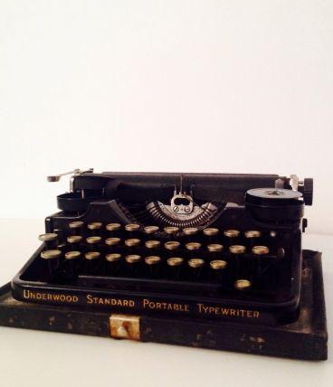 Rare Machine à écrire Underwood des années 1920