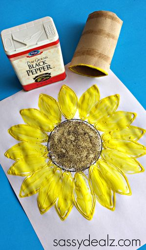 Toilet Paper Roll Sunflower Stamp Craft #Sunflower art project | CraftyMorning.com