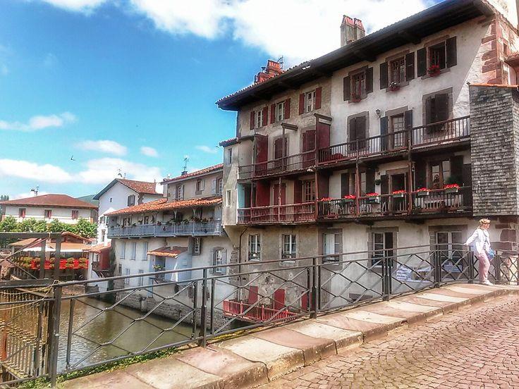 Excursión a Saint Jean Pied de Port y Roncesvalles con nuestro amigos de la asociación El sauce de Zuera. http://ociosingular.com/para-quien/asociaciones/