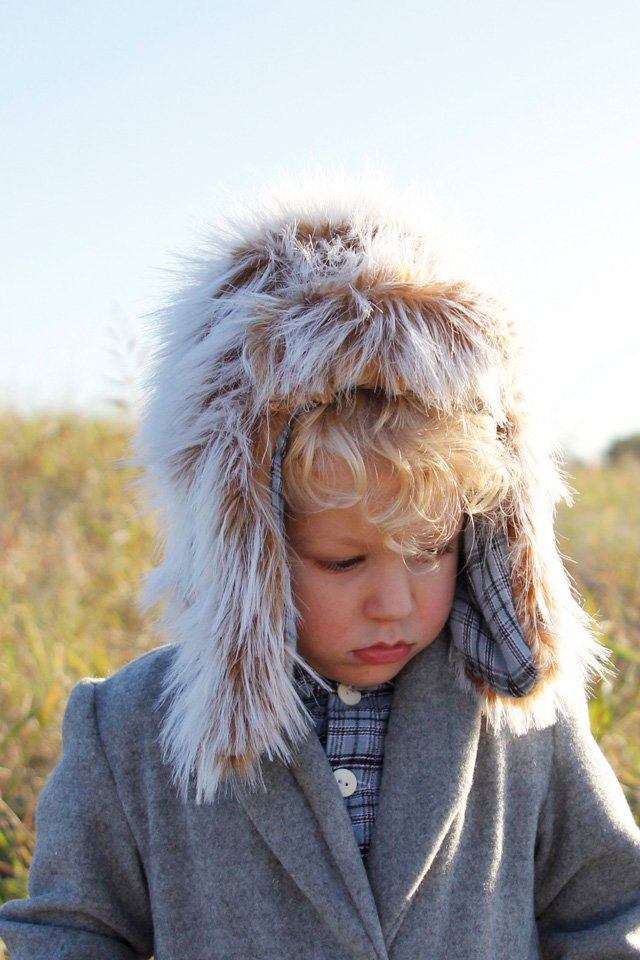 The Arctic Trapper hat is an adorable lumberjack style hat that comes in 4 sizes to accommodate sizes 12/18M to 8. The Arctic Trapper Hat is a clas...
