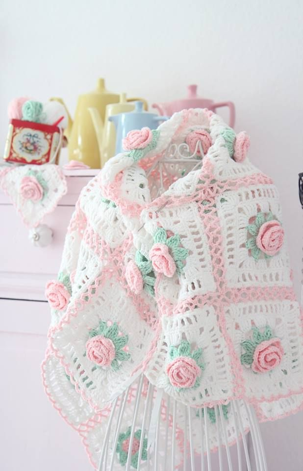 "Sündenherz on Facebook. | Crochet Blanket. // ♡ THIS IS ABSOLUTELY BEAUTIFUL!!! ALREADY ON THE ""TO DO"" LIST!!! ♥A"