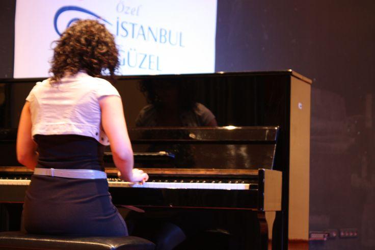 Yıl sonu resitalimizden bir kare. #piyano #piyanoeğitimi #igs #istanbulgüzelsanatlar