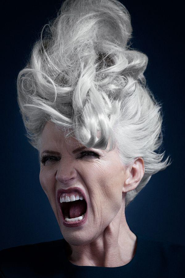 Hair attitude - model Maye Musk