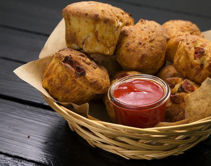 Pølsemuffins til stort set enhver lejlighed: Snack, hapser, fredagshygge - Måltid