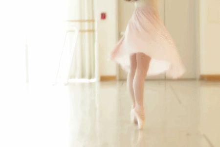 mariatallchief:  San Francisco Ballet principal Vanessa Zahorian…