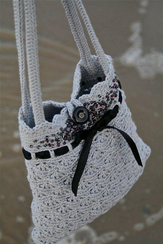Grey Crochet Purse Instant download PDF di PatternsbyMarianneS