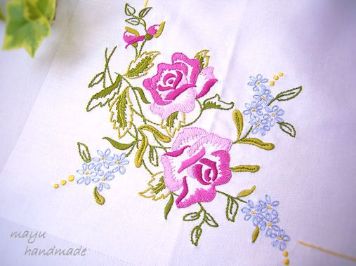 Freestyle Embroidery : Rose Tablecloth - Mayu Embroidery