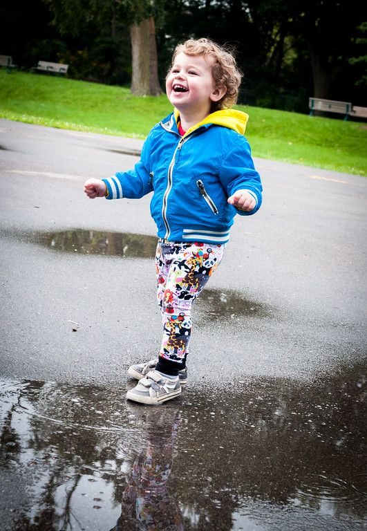Never pass up the opportunity to splash in a puddle!  Oliver wearing Baby Animal Teegy Tights!