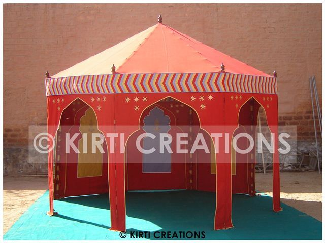 Classical Wedding Tent  http://www.mughaltents.com/blog/classical-wedding-tent/
