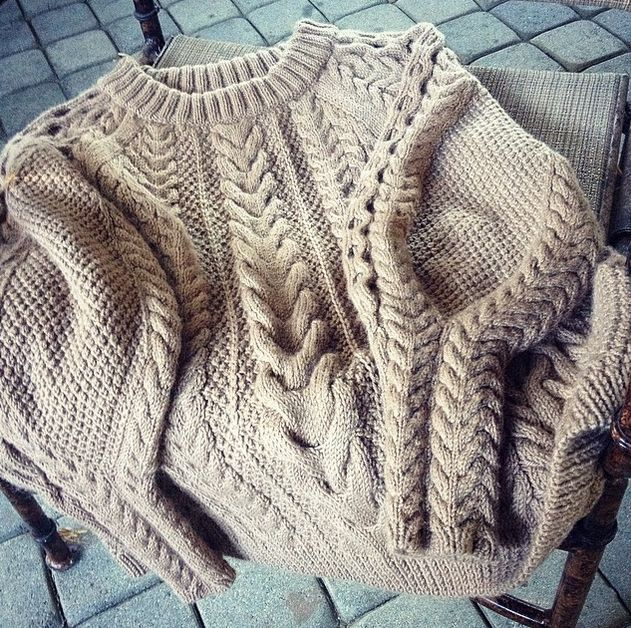 by #cozyknitwear from Los Angeles