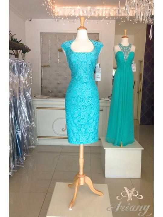 turquoise lace dress...mother of the groom maybe?