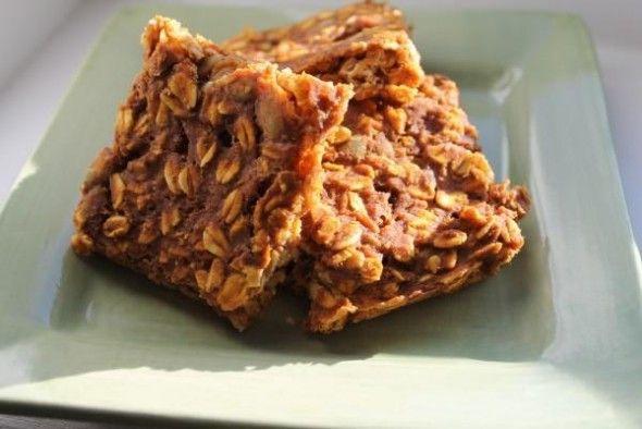 Pumpkin Banana Protein Oat Bars ~ Tone It Up! Blog - Fall Recipe Swap ~ Our Favorites! www.toneitup.com