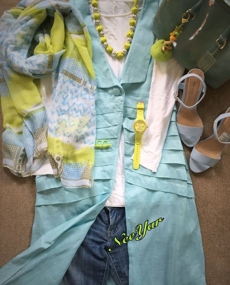 Baby blue meet lime green = Fresh Colors