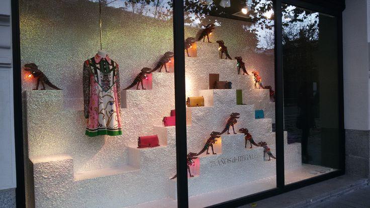 Escaparate de prestigio, tienda Coach, Serrano (Madrid). Diciembre 2016
