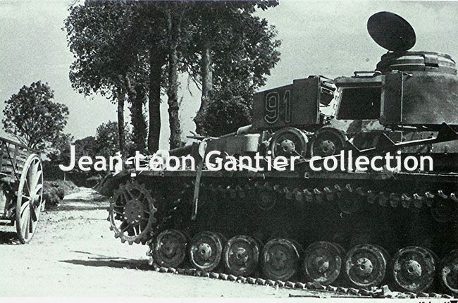 This Panzer IV 91X ( merci Jean-Léon )could be belongs to 12.SS or 9.SS, turret number marking seems very similar, but we know many wrecks of 9./K - 12.SS.