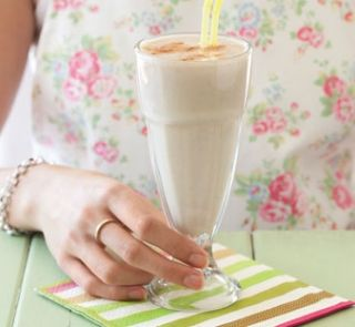 Spiced feijoa smoothie   Healthy Food Guide