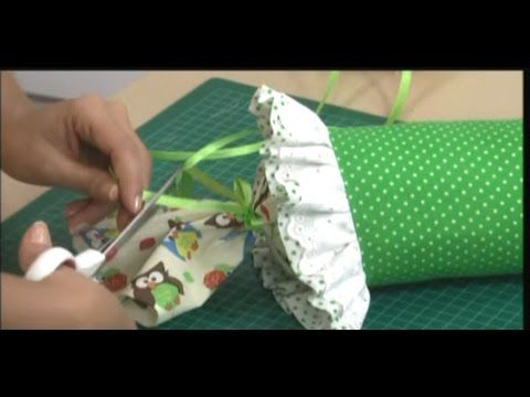 TUTORIAL COJIN CARAMELO O RULO - YouTube