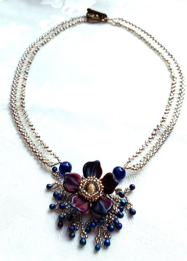 Emi Yamada - TOHO Beads Presents: Elegant Flower Necklace - Bead&Button Show