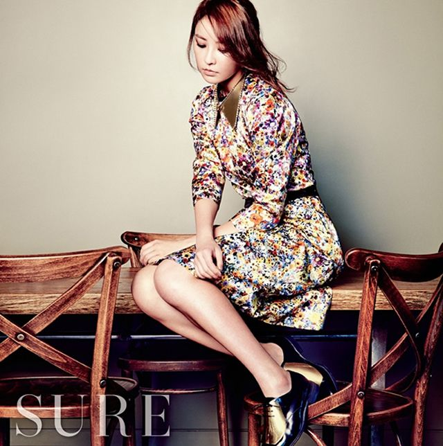 Jung Yumi - SURE August 2013