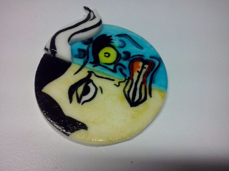 Two faces - Batman Tapaderita pintado a mano para utilizarlo sobre un cupcake con frosting