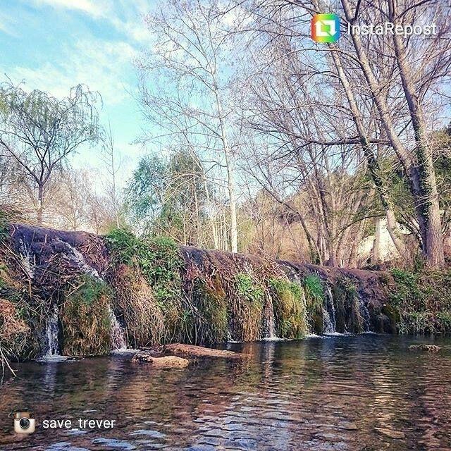 Hoy os saludamos desde El Molí de L'ombria en #BanyeresDeMariola; un entorno natural perfecto para disfrutar de un día en familia. #Interior #CostaBlanca - Banyeres De Mariola Turismo Foto: @save_trever