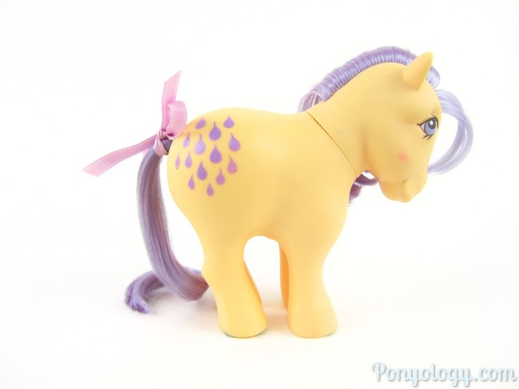 Lemon Drop. Playset pony, came with the Show Stable. Year 2. 1983-84.
