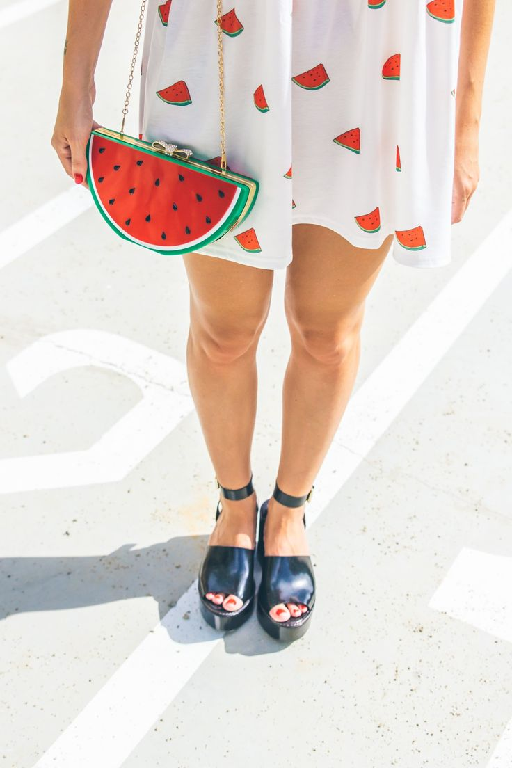 The cutest watermelon purse to add a pop to your outfit!