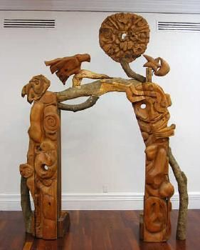 Selwyn Muru - Auckland Art Gallery, Archway for Henry Moore 1986  Kauri, Rimu, exotic timber
