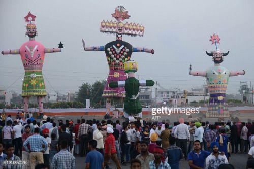 Indian people looks at effigies bearing the image of... #sonenbreugel: Indian people looks at effigies bearing the image of… #sonenbreugel