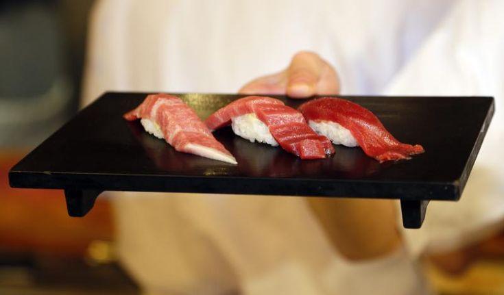 Im Aiko Sushi & Grillrestaurant in Berlin-Mitte kann man sich super zum Mittagessen mit Kollegen verabreden oder auch gemütlich mit der Familie Abendessen gehen.