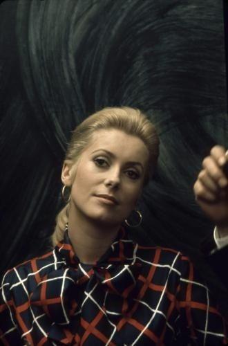 Catherine Deneuve - Photos Ciné Premiere.fr