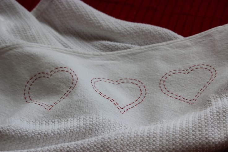 Love that blankie - red hand embroidered hearts on a must-have baby cotton cell blanket